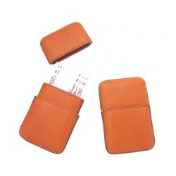 Portatarjetas de visita artesania de piel medida 10,5x6,5 cm.