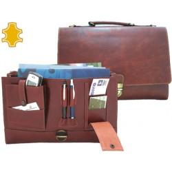 Cartera portafolios artesania de piel con broche medidas 37x26,2x7,6 cm.